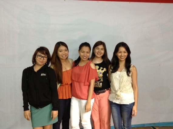 Reg, Dex, Abby, yours truly, and Chona (Jez, we have to take our picture next time! Haha!)