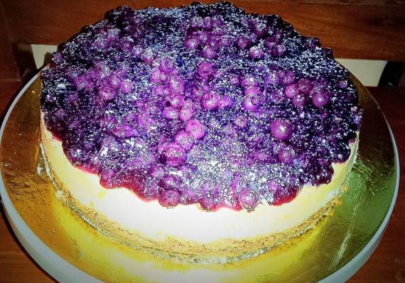 THE Blueberry Cheesecake that Grace shared to our Light Group! #happytummy